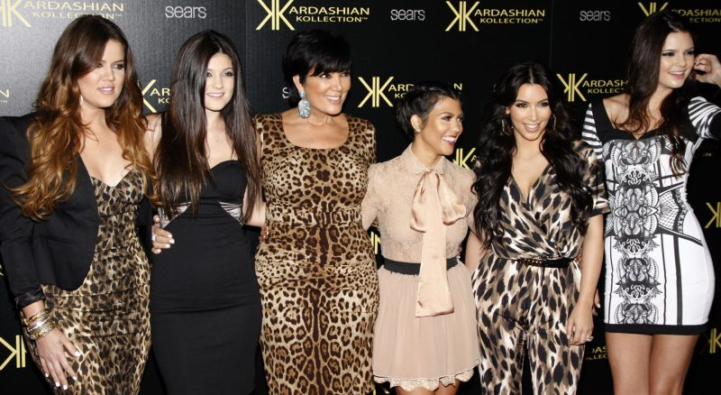 Keeping Up With The Kardashians - deposit - PopularImages