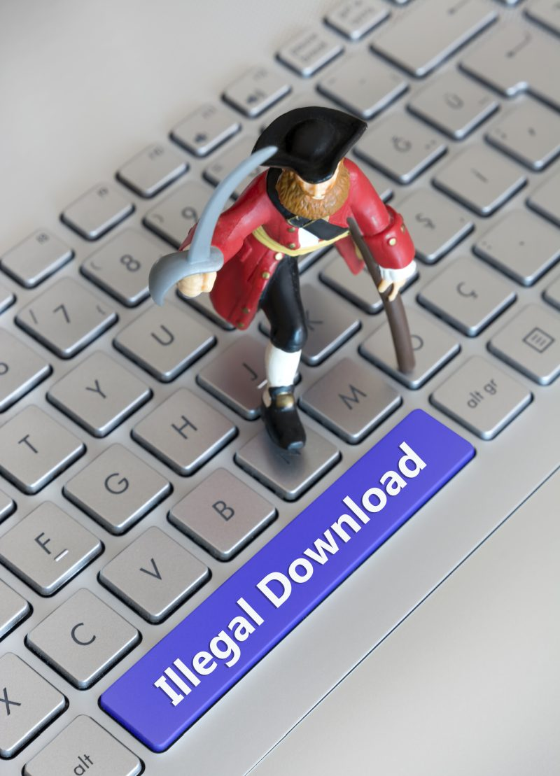 tv piracy illegal downloads 800